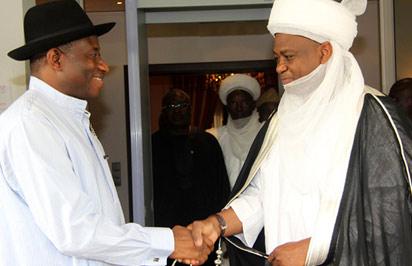 President Goodluck Jonathan welcoming the Sultan of Sokoto, Alhaji Sa'ad Abubakar III  at the State House, Abuja, Tuesday. Photo: Abayomi Adeshida.