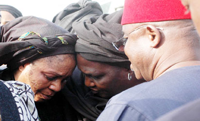 Mrs. Amina Yakowa being consoled by the wife of Senate President, Mrs. Helen Mark and her husband Sen, David Mark during  a condolence visit yesterday, in Kaduna.
