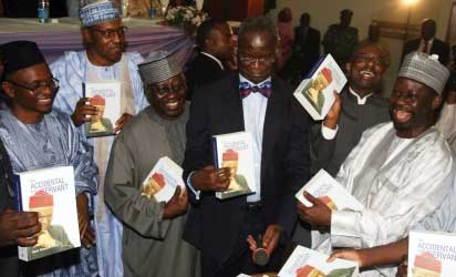 From Left, Ekiti State Governor Kayode Fayemi, Author of the Book, Mallam Nasir El Rufai,  Gen. Mohammadu Buhari , Nasarawa State Governor Tanko Alumokura,  Governor Babatunde Fashola of Lagos State, CBN Governor Lamido Saunsi , Governor Ibrahim Dankuwabo of Gombe State  Chairman of the occasion and former Speaker Aminu Masari and Niger State Governor Aliyu Babangida at book launch in Abuja. Photo by  Gbemiga Olamikan.