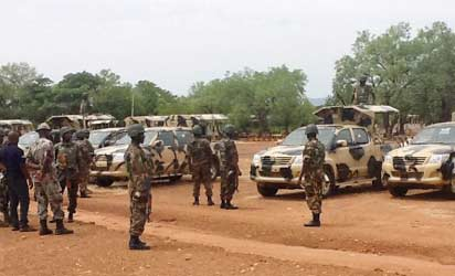 Soldiers in Yola, Adamawa State: Operational Commander, Brig-Gen. Fatai Alli addressing soldiers on arrival in Yola for the State of Emergency Operation yesterday. Photo: NAN.